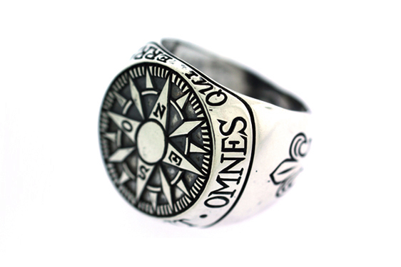 Digby & Iona RCMPAS Digby & Iona Compass Signet Ring